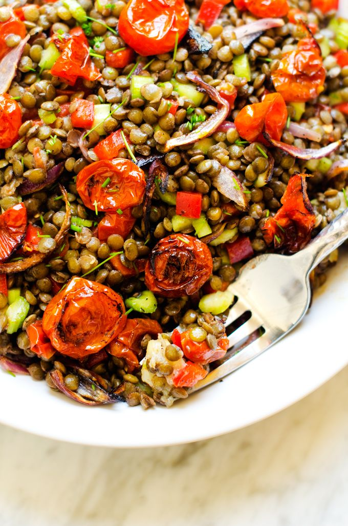 Roasted Garlic & Tomato Lentil Salad - This gluten free and vegan salad is the perfect lunch solution!  Delicious, healthy and easy to make. - WendyPolisi.com