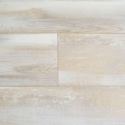 Piso laminado 8 mm hella oak XL 2.694 m2 $11.000