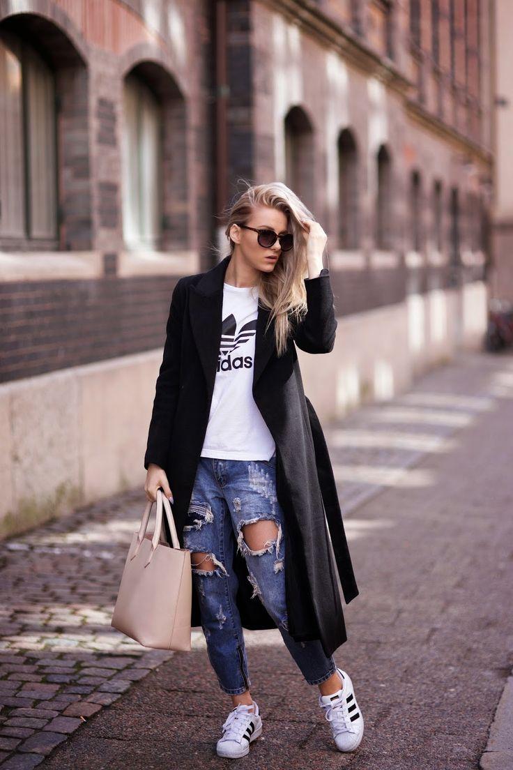sendi skoljak adidas originals superstars distressed denim street style