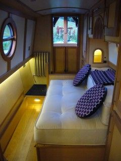 The Betty B Bedroom With Cross Over Bed Houseboats
