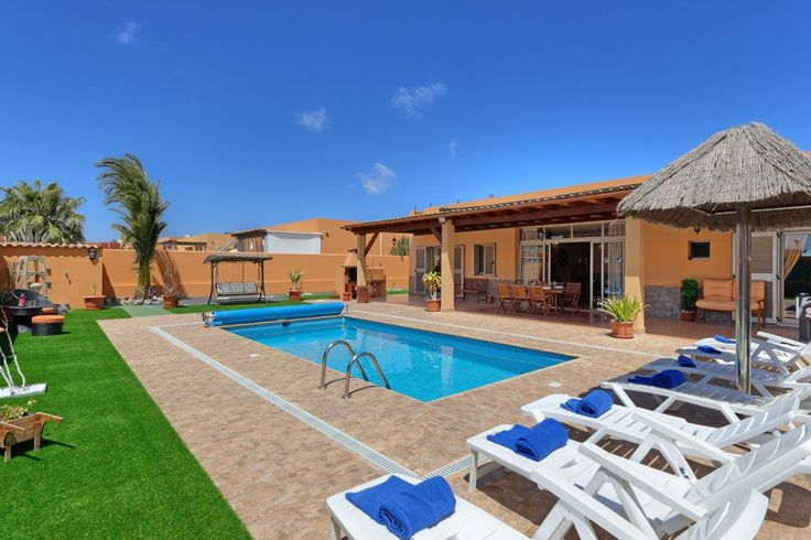 4 bedroom villa near golf in Caleta de Fuste (El Castillo) - 1163190