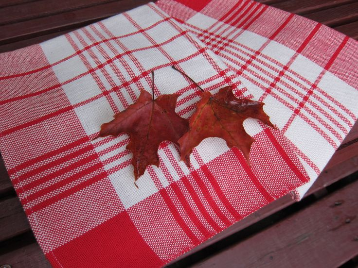 White and Red Hand Wowen Kitchen Towels