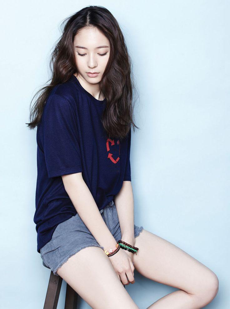 f(x) Amber & Krystal and EXO-K Baek Hyun, D.O and Suho - Oh Boy! Magazine Vol.32