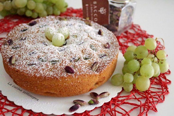 Torta soffice all'uva e pistacchi - senza burro