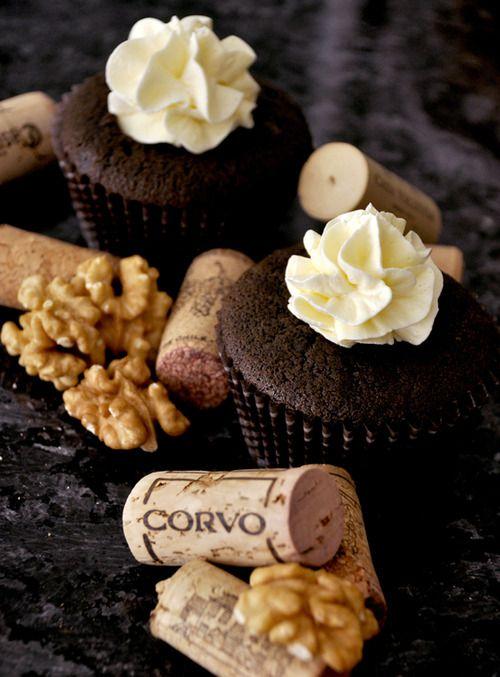 *Cupcakes de queijo e vinho  (Wine Cupcakes)