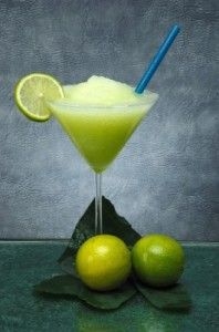 Homemade Frozen Margarita...so much better than the mix! Don't forget the chips & salsa! Frozen Margarita Recipe
