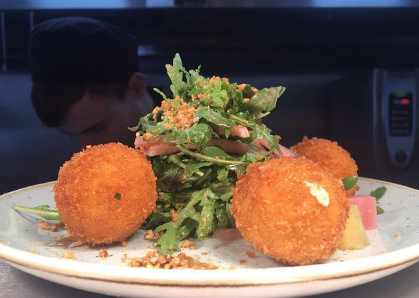 Goats cheese & pickled beetroot puree bon bons with toasted hazelnut salad    #dinner #tapas #smallplates #foodie #vegetarian #dublin #talented #gourmet #gourmetfoodparlour