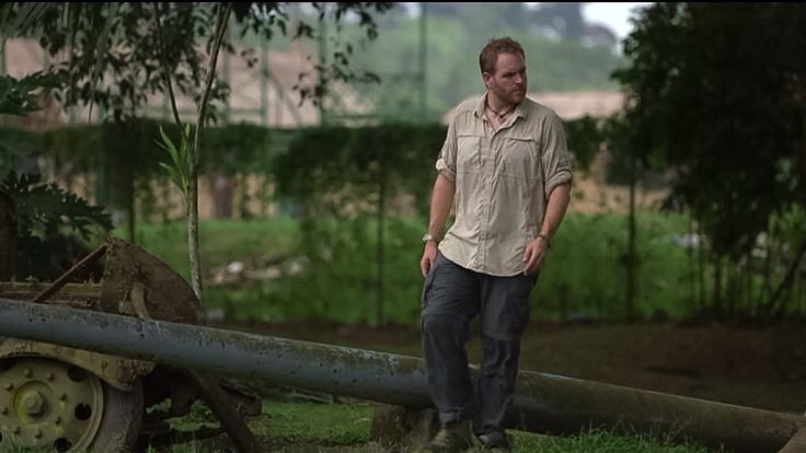 josh gates walks amount the japanese relics of ww ii in papua new guinea expedition unknown. Black Bedroom Furniture Sets. Home Design Ideas