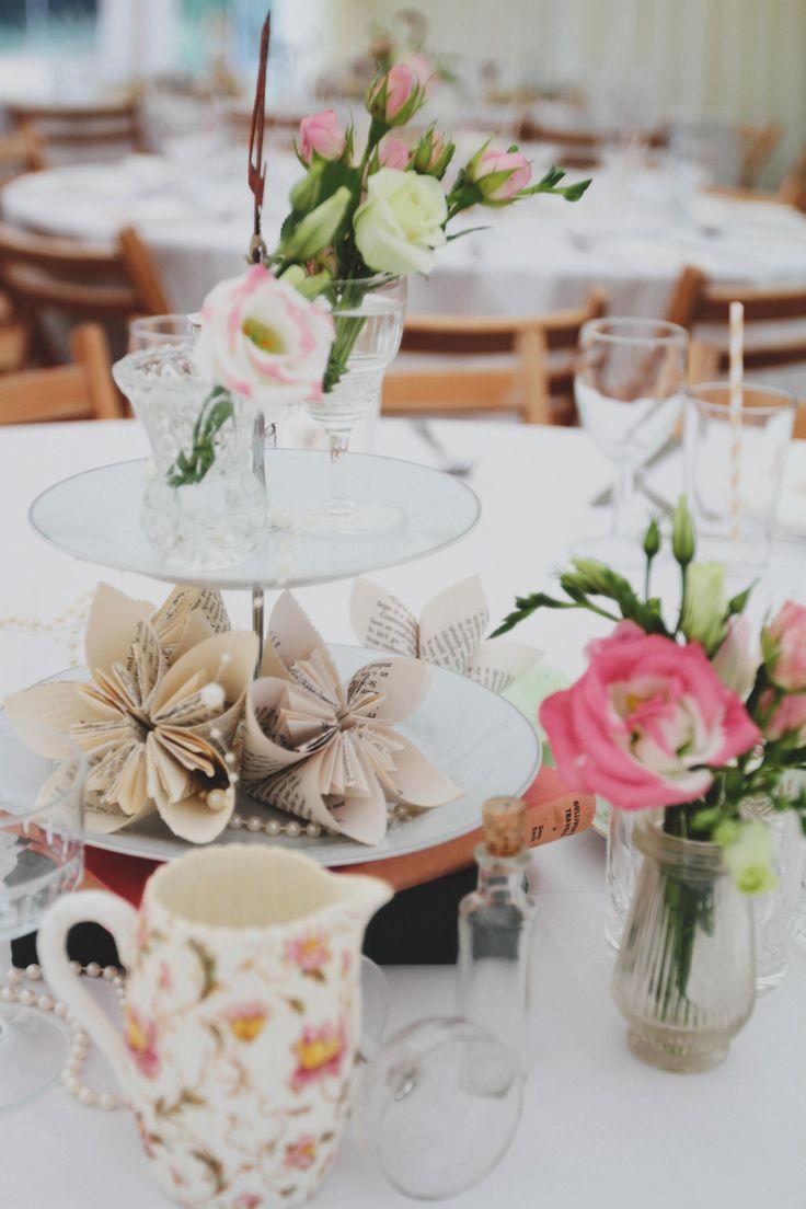 #tabledecor #wedding #vintage Photography by Ana Bohane https://www.facebook.com/abweddings Wedding Planner/Decoration Sophie Lopez