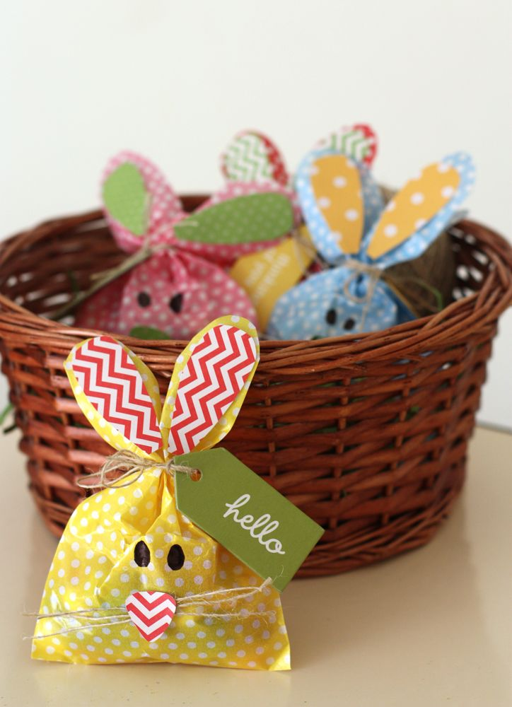 Pebbles Inc: Whip It Up Wednesday: Bunny Treat Bags using the decorated bags from the Pebbles Party line.