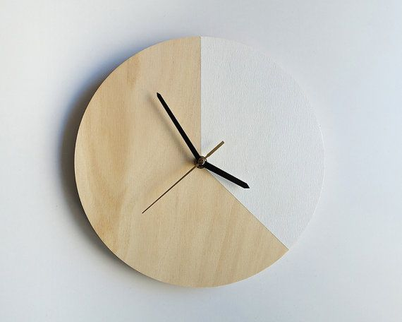 Our new range of Mr. Wolf clocks now come with Silent Sweep Movement! No more tick-tock! tick-tock!