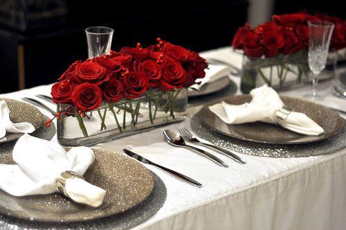 table: Christmas Dinners, La Gastronomy, Christmas Tables Sets, Dining Decor, Dinners Tables, Red Rose, Françai Au, Patrimoin Mondial, Gastronomy Françai