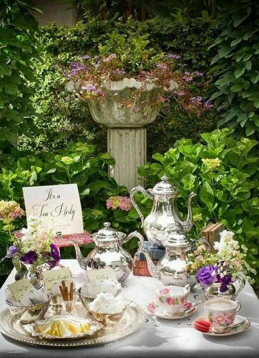 Elegant Garden Tea party #gardenparty #teaparty #teatime #partyideas