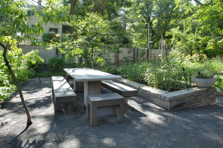 Clarendon Vegetable Garden Courtyard by PLANT Architect Inc. Photo by Peter Legris.