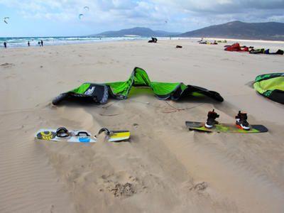 Mieten von Kitesurf-Ausrüstung, Paddle Surf und Surf