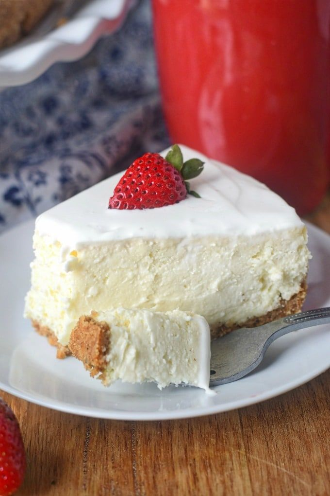 Rich And Creamy New York Cheesecake Butter Your Biscuit Recipe In 2020 Sour Cream Cheesecake Easy Cheesecake Recipes Creamy Cheesecake Recipe