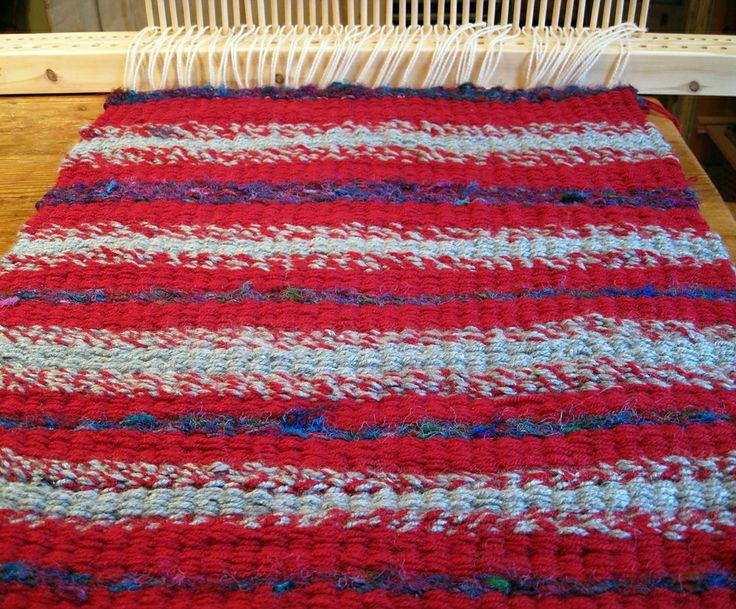 Ravelry SuzWeavingMeHomes Cushion Cover  Weaving  Pinterest  Ravelry Peg loom and Loom