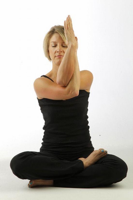 10 jógagyakorlat a fejfájás és stressz ellen  http://www.nlcafe.hu/egeszseg/20141002/joga-fejfajas-ellen/