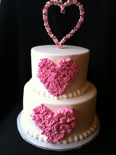 Valentines Cake  By holliellen on CakeCentral.com