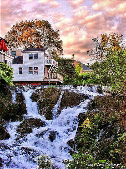 Camden Falls, Maine..I'd love to visit Main!