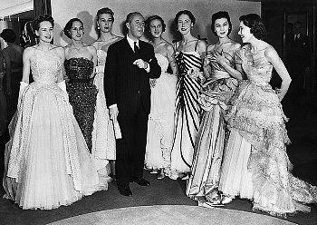 Кристиан Диор и модели в одежде от Christian Dior