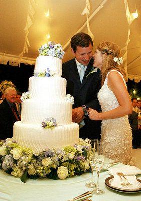 Jenna Bush's tres leches (dulche de leche) wedding cake