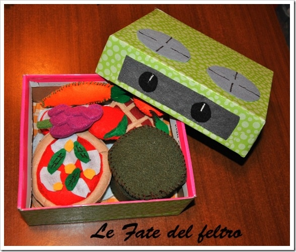 box for felt food