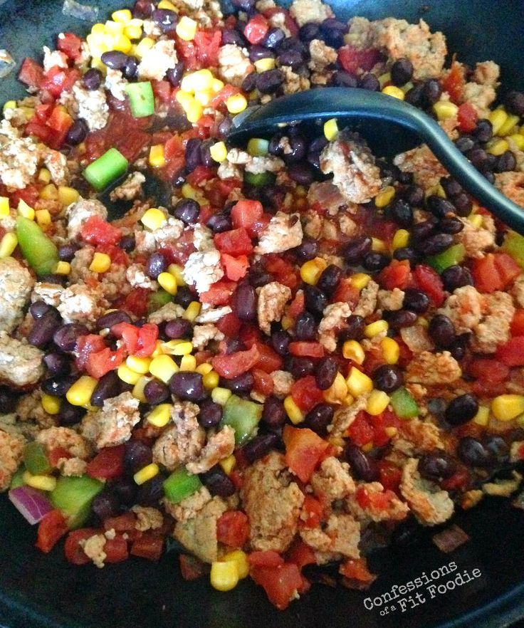 Turkey taco skillet is a 21 Day Fix weeknight dinner, prepped and on the table in less than 20 minutes! Get the recipe from ConfessionsOfAFitFoodie.com