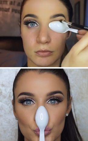 Aperfeiçoe o seu dois minutos de corte vinco misturando a sua sombra sobre uma colher. | 7 Ridiculously Easy Makeup Tips That Will Simplify Your Life