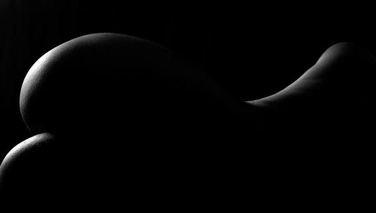 dark-nude-vincent-abbey.jpg (900×511)