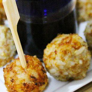 Bolitas de arroz, quinoa y atún, saludable y divino. | 16 Deliciosas y sencillas recetas con una lata de atún que alegrarán tu día