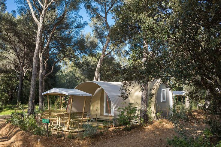 http://www.var-camping.eu/fr/glamping-var-camping-provence-cocosweet