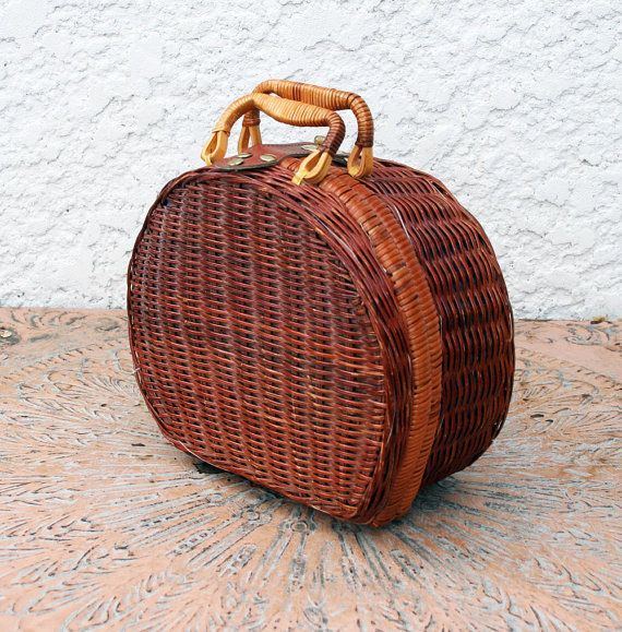 Small Wicker Picnic Basket  Round Shape by MysticLily on Etsy, $16.00
