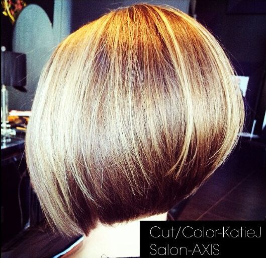 Chic Office Hairstyles for Short Hair /Via  (JUNE 11, 2015 - I LIKE THE WAY THE BACK OF THIS BOB IS CUT AND TAPERED**)