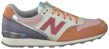 Roze New Balance Sneakers WR996 DAMES