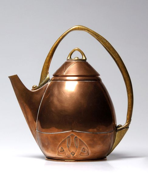 Albin Müller, Jugendstil Teakettle, copper and brass, c. 1903, manufactured by Eduard Hueck, 22.5cm H.