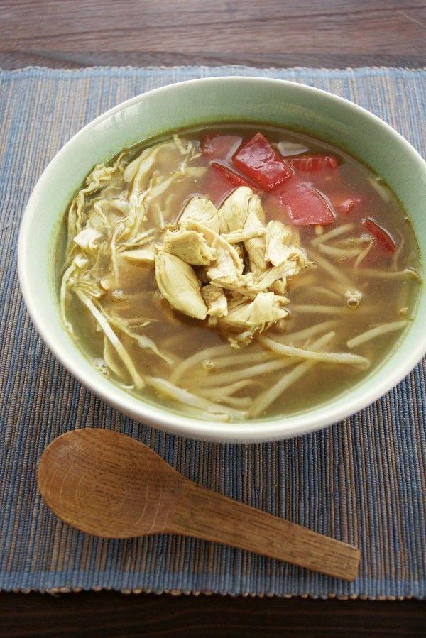 スパイシーでさっぱり♪インドネシアのチキンスープ、ソトアヤム by ...
