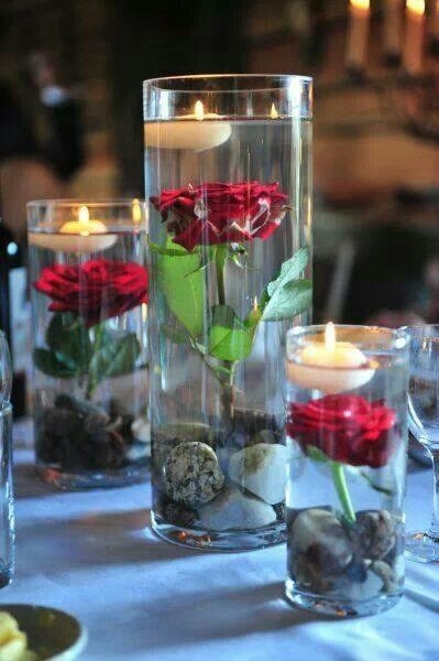 #centerpiece clear vase with red rose