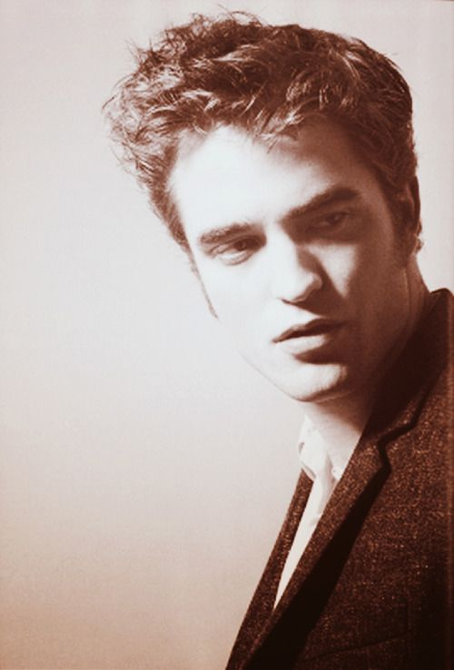 """Tumblr """"I don't think it's good in terms of a career as an actor. I think being in gossip magazines – I don't like the whole industry, I think it's a lazy industry, and it's a weird media consumer culture""""  — Robert Pattinson - Reuters interview 2012"""