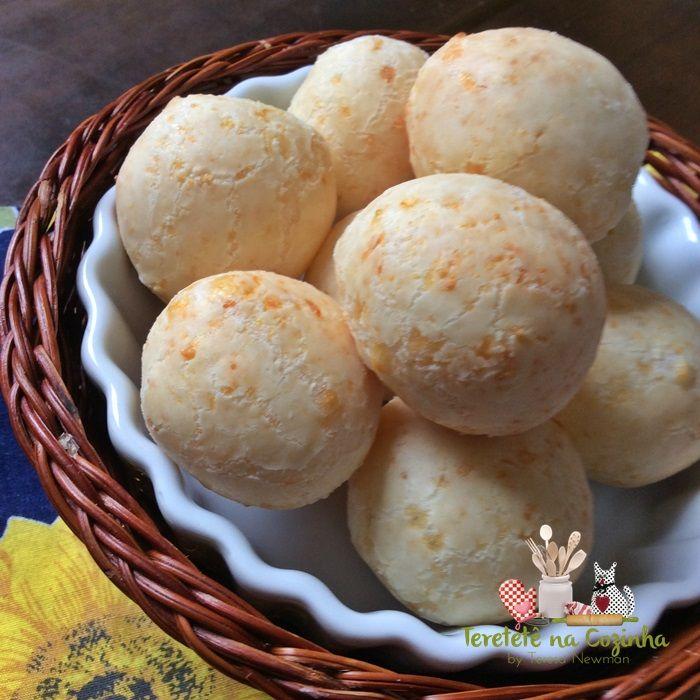 Pão de queijo com creme de leite, também conhecido como pão de queijo com três ingredientes, mais fácil impossível e delicioso.