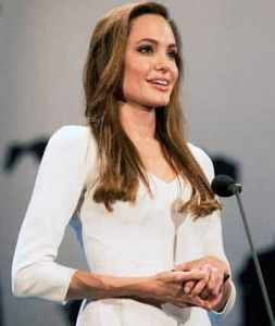 angelina-jolie-diet-workout-2