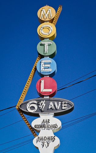 6th Ave Motel | 2221 SW 6th Ave., Portland OR. | Corey Miller | Flickr