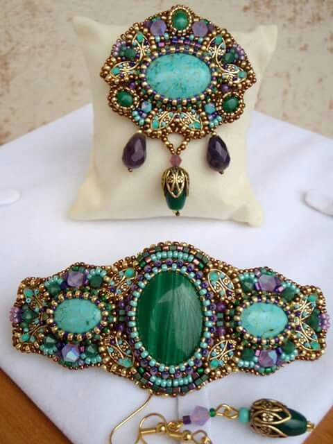 Beautiful bead embroidered bracelet and brooch jewelry set!