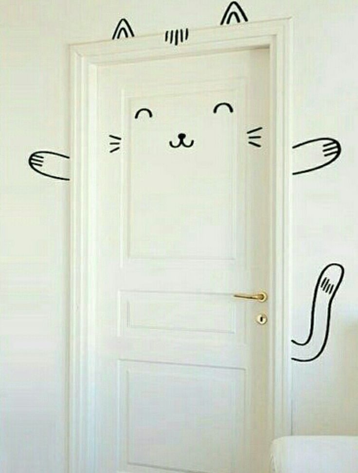 Super cute door decor!  REALLY GIRLY!  Only need a marker and a door!