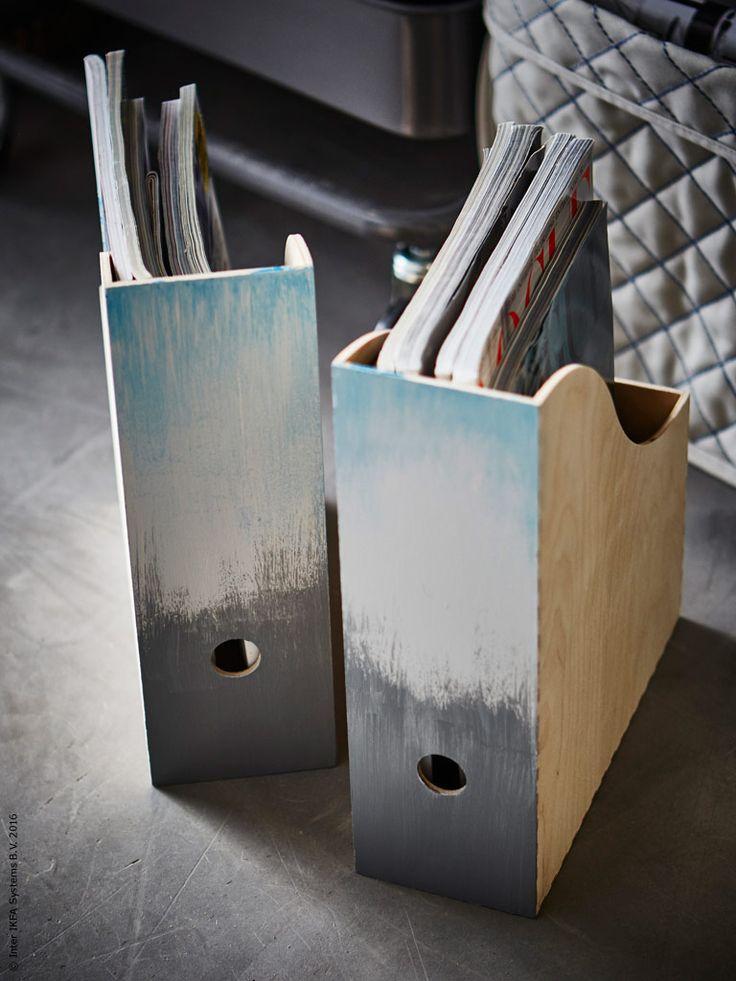 Komplettera förvaring med fina brevkorgar och smarta tidskiftssamlaren KNUFF, här ombre-målade från grått till blått.
