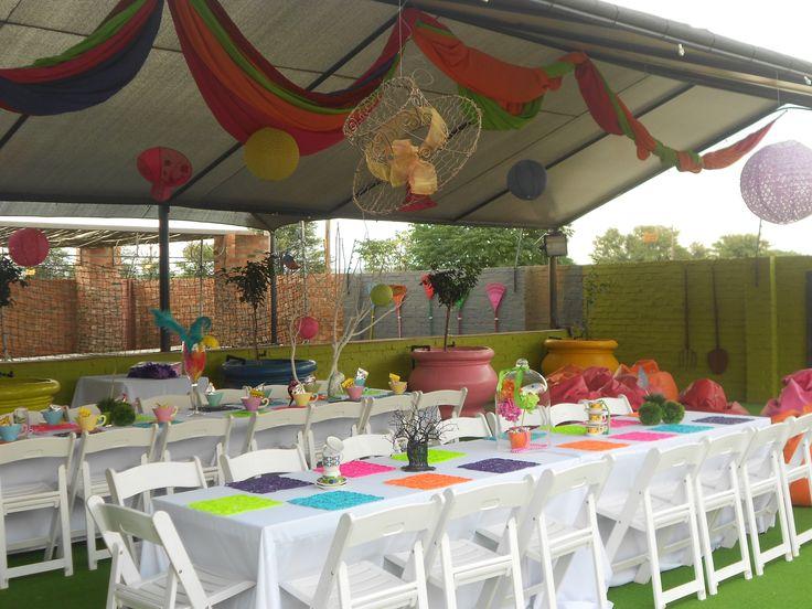 Alice in wonderland Kids birthday party