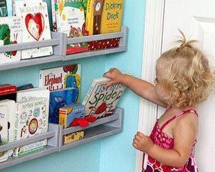 IKEA-Hacks: Gewürzregal als Bücherregal