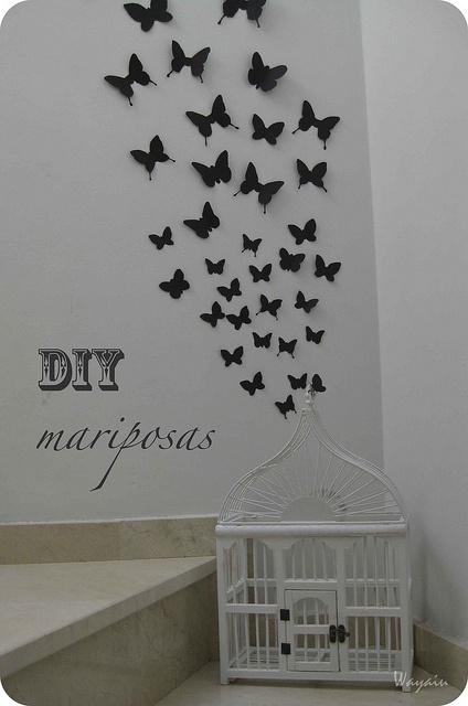 DIY Mariposas by Wayaiu, via Flickr  DIY wall butterflies