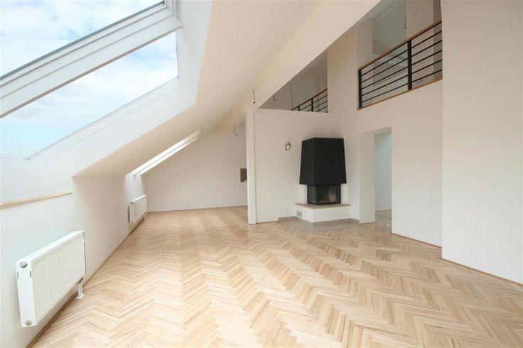 3 bedroom (4+kk) penthouse apartment for sale, Záhřebská, Prague 2, Vinohrady   Boutique Reality
