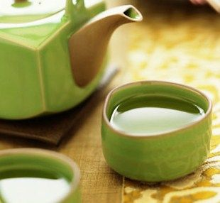 http://weblogkesehatan.tumblr.com/post/99699012096/khasiat-teh-hijau-untuk-kecantikan